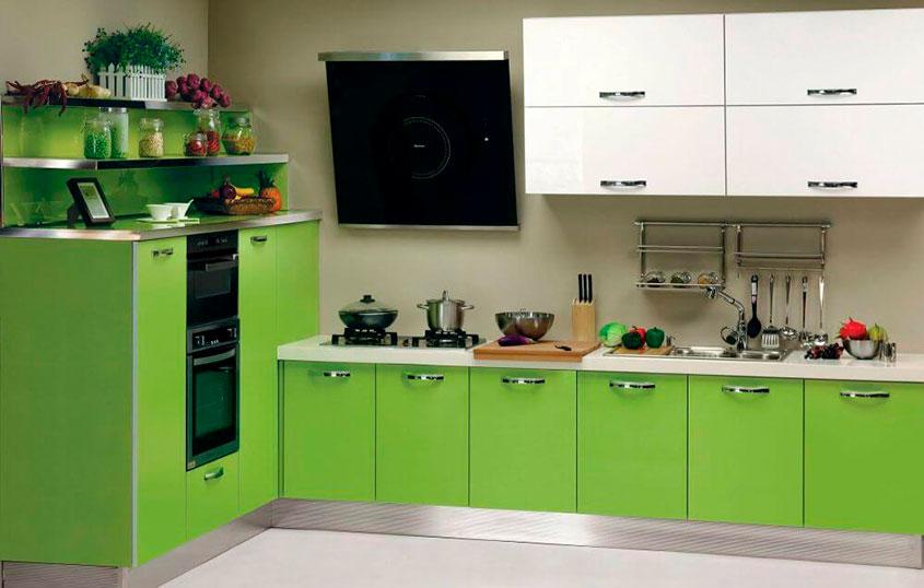 кухня-зелёная-с-белым
