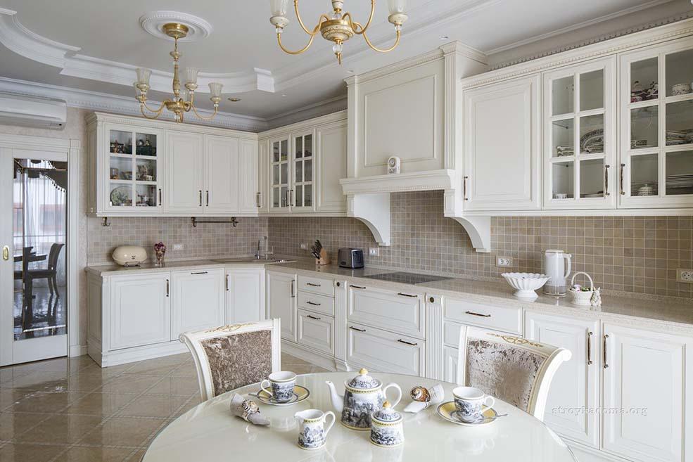 белая-кухня-классика