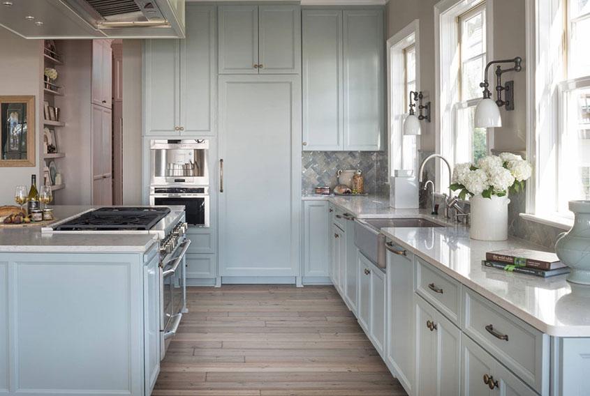 компактная-голубая-кухня