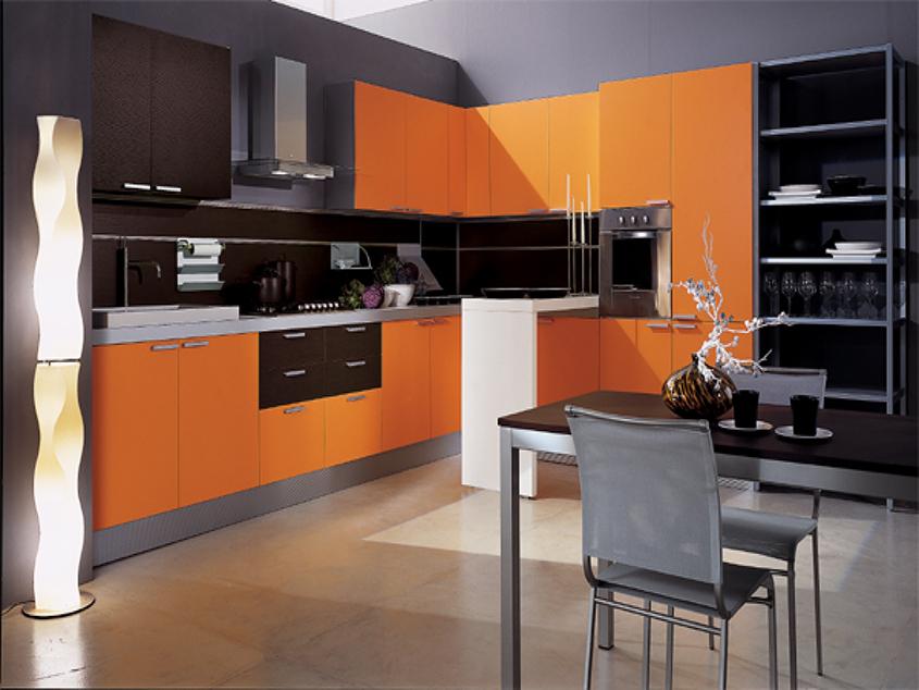 серо-оранжевая-кухня